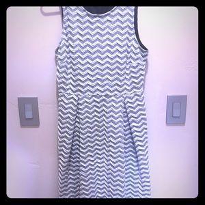 41 Hawthorn Chevron Dress